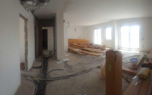 Shitet apartament 3+1 okazion, Fushat e Ali Demit