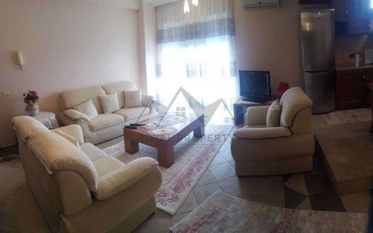 Apartament 2+1 me qera 2+1 tek rruga Kavajes