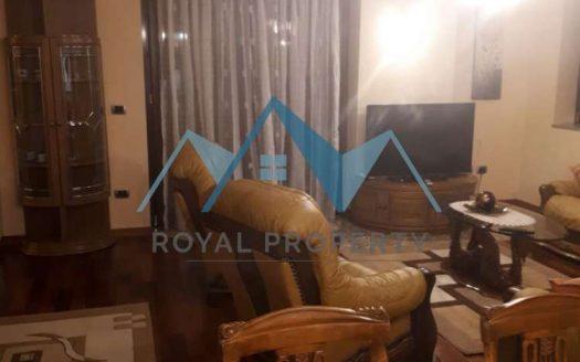 Apartament me qera prane 2 kullava binjake perball Kryeministrise